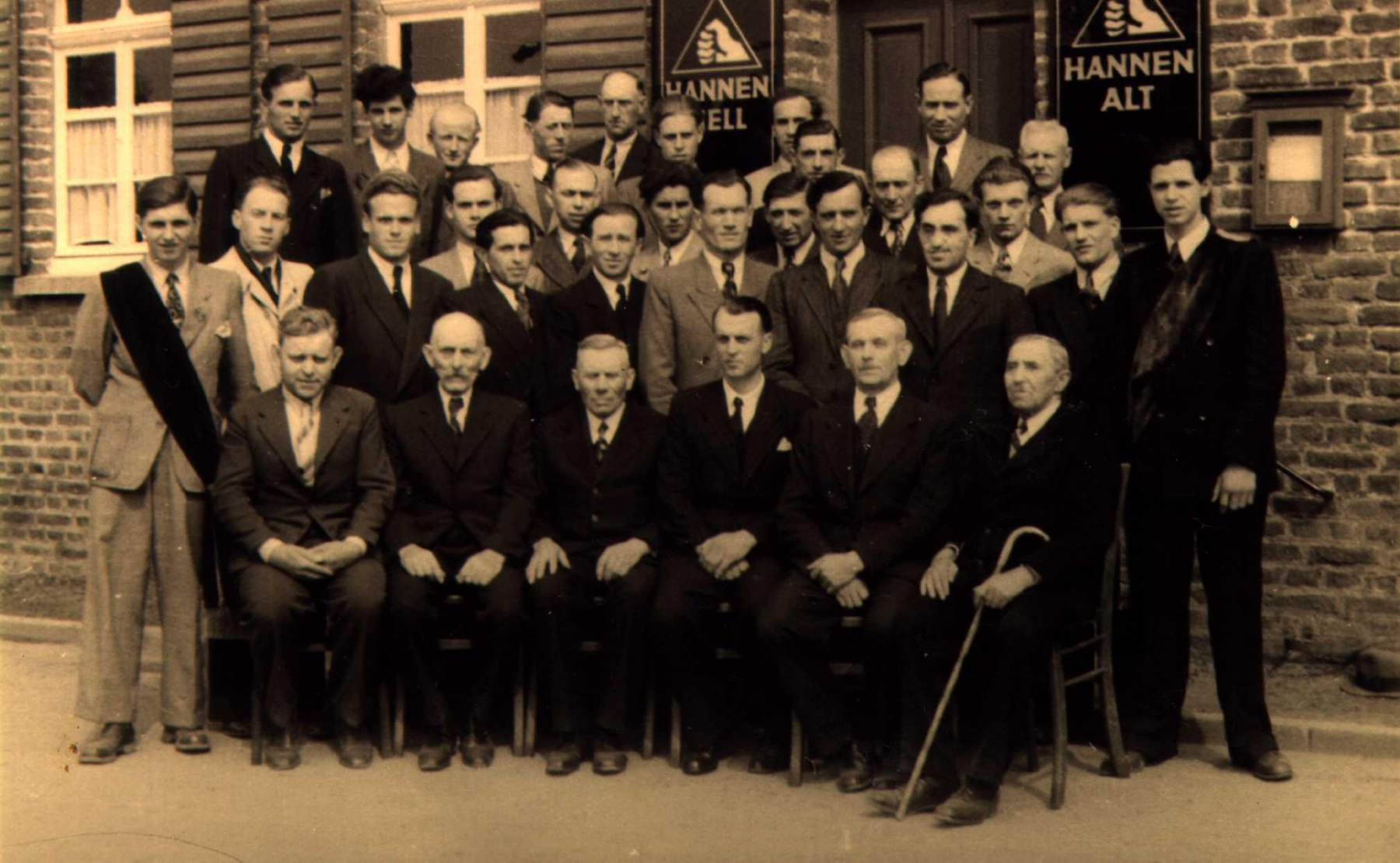 1956-Kopie-von-Vereinsfoto-1956